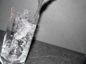 stiftung warentest leitungswasser besser als mineralwasser wasseraufbereitung zum besseren. Black Bedroom Furniture Sets. Home Design Ideas